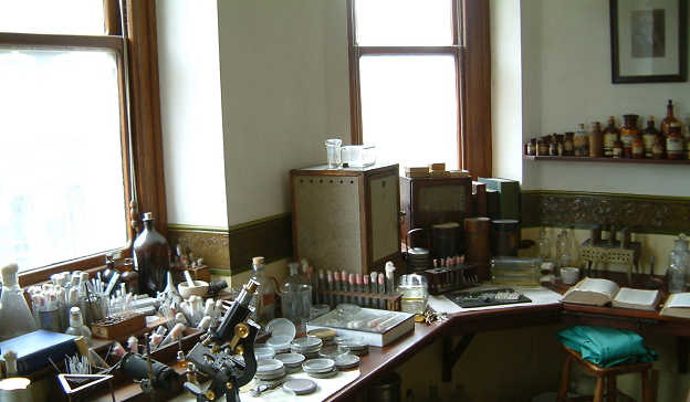 Alexander Fleming Laboratory Museum -- Alexander Fleming's laboratory today